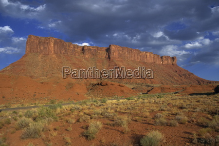 indian creek valley with red sandstone
