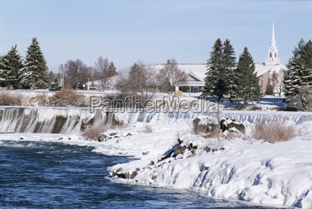waterfall on snake river in january
