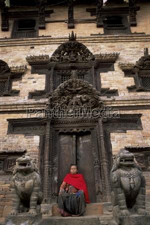 elaborately carved doorway north of tachupal