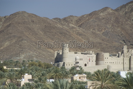 fort in palmery on edge of
