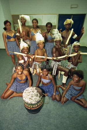 students at the zulu dance school