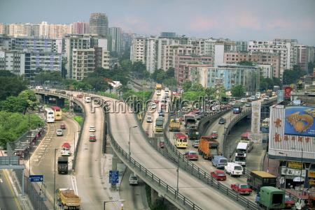 traffic on flyovers near kai tak