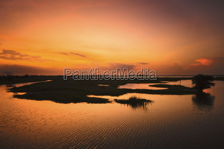 arugam lagoon at sunset a good