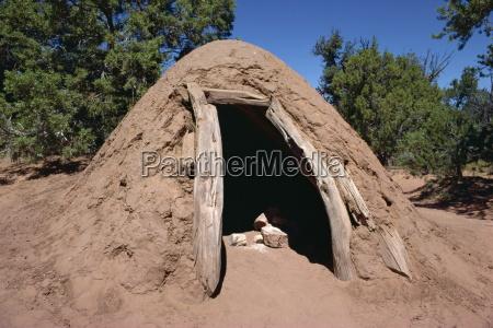 a navajo steam bath where water