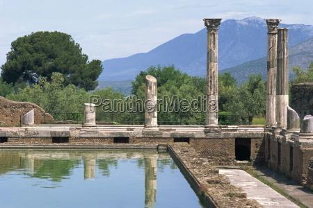 fishpond and portico villa adriana hadrians