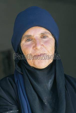 bedouin grandmother dead sea jordan middle