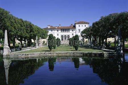 villa vizcaya an italianate mansion miami
