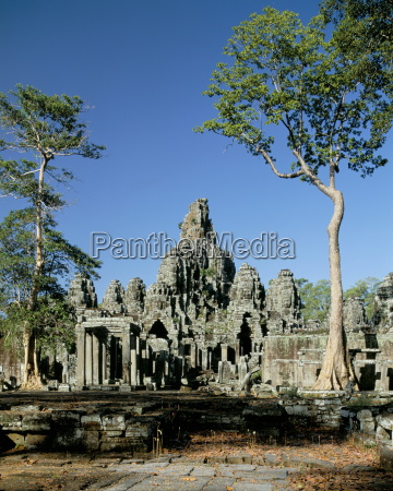 the bayon dating from late 12th