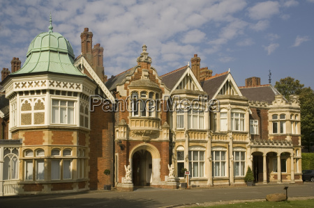 the mansion bletchley park the world