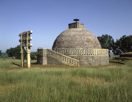 stupa no 3 at the sanchi