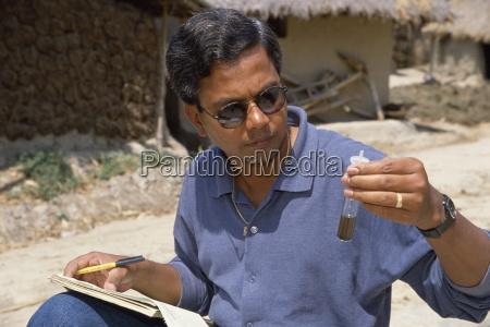 testing water for arsenic bangladesh asia