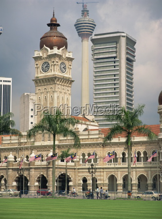 sultan abdul samad building and the