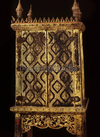 lacquered manuscript cabinet dating from the