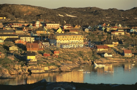 town of ilulissat at 230 am