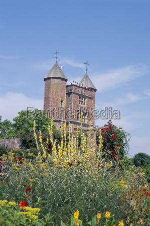 sissinghurst castle owned by national trust