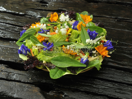 fresh salad with edible flowers philippines