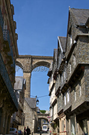 famous houses in ange de guernisac