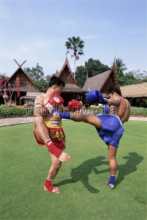 thai boxers the rose garden bangkok