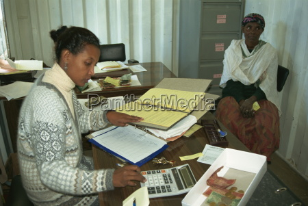 accountant for womens co operative addis