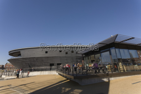 cafe and the new mary rose