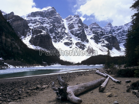 reduced water level in moraine lake