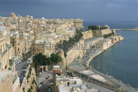 quayside and lower barrakka gardens valletta