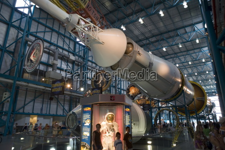 saturn v rocket command and service