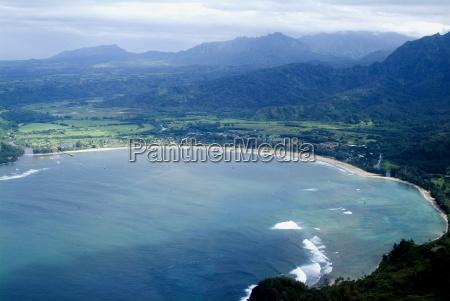 hanalei bay kauai hawaii united states