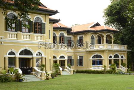 pracha house mansion of a turn