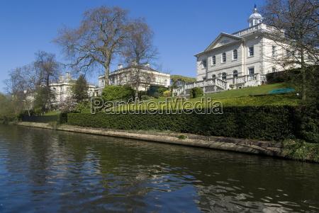 mansions along regents canal st johns