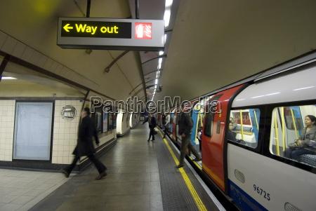 st johns wood tube station st