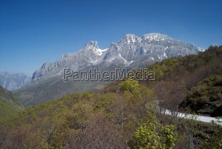 picos de europa cantabria spain europe