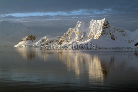 sunset at paradise harbour antarctica polar
