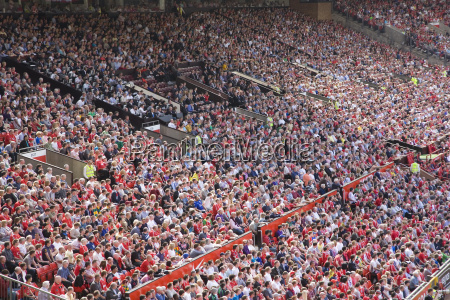 crowds at english premiership football match