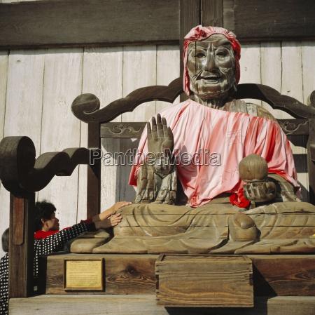buddhist todai ji temple image of