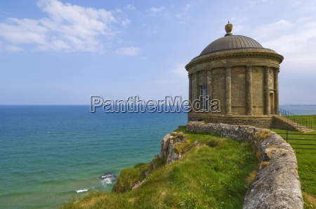 the mussenden temple perched on a