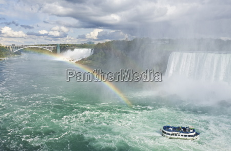 maid of the mist tour excursion