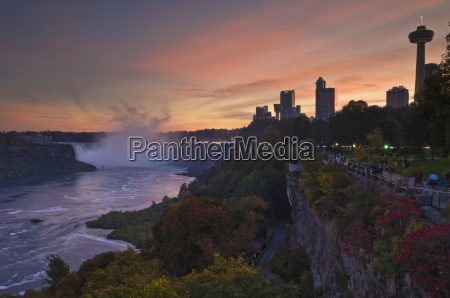 sunset at the horseshoe falls waterfall