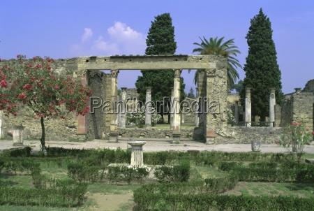 casa di fauna ruins of pompeii