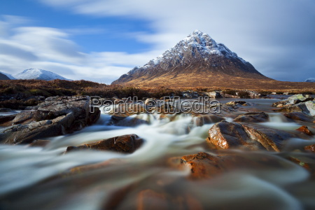 buachaille etive mor and the river