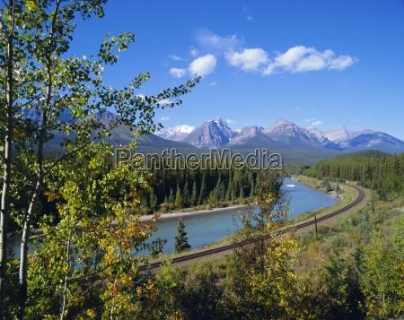 morants curve bow river bow range