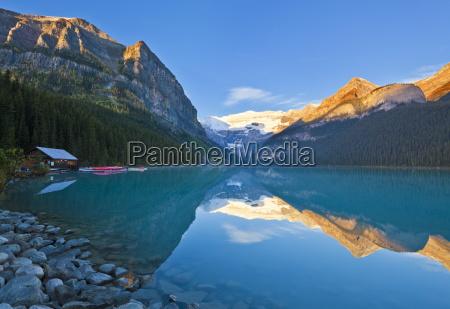 early morning suise lake louise banff