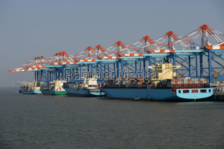 vessels at container terminal bremerhaven bremen