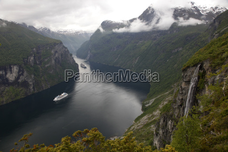 geiranger fjord unesco world heritage site