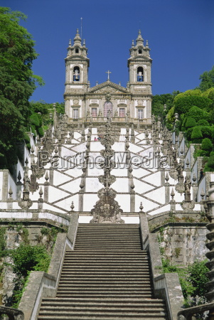 basilica and famous staircases of bom
