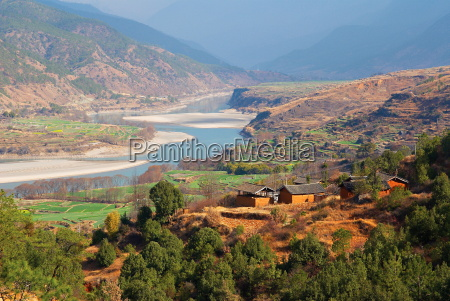 yangtze river yunnan china asia