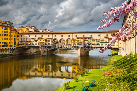 ponte vecchio in florence at spring