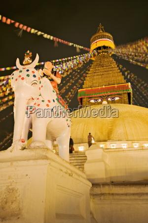 tibetan buddhist stupa boudha bodhnath lit