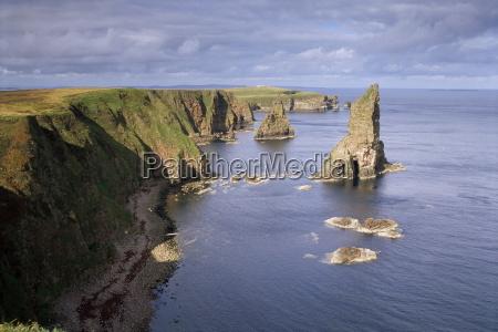 sea stacks duncansby head caithness highlands