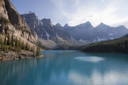 moraine lake banff national park unesco